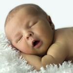 Сколько должен спать ребенок в 2 месяца?