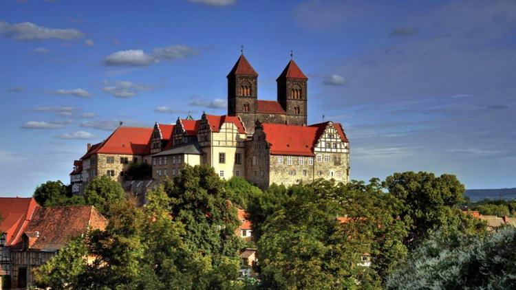 Кведлинбургский замок - Schloss Quedlinburg.
