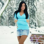 Фото девушек в юбках