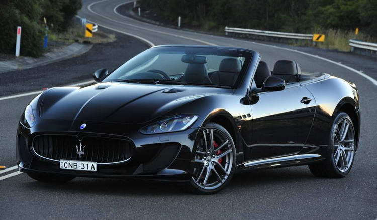 Maserati GranCabrio - кабриолет