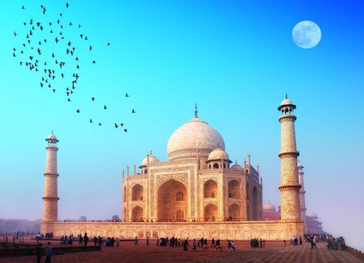 Небо в Индии