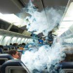 Почему курение в самолете запрещено?