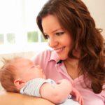 Как можно помочь маме новорождённого?