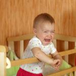 Почему ребенок кричит? (+ видео)
