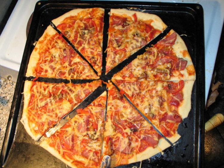 Как сделать пиццу по домашнему 927