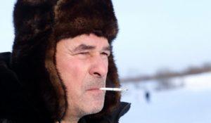 Несмотря на недавние экономические проблемы и самые высокие показатели сердечно-сосудистых заболеваний в мире, большинство мужчин в России продолжают курить.