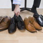 Почему обувь скрипит?