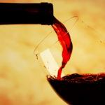Как правильно пить красное вино?