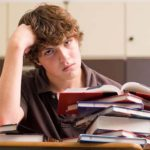 Какую причину придумать, чтобы не пойти на учёбу?